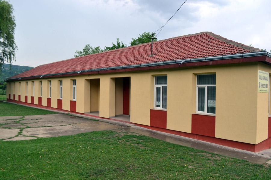 scoala feredeni 3