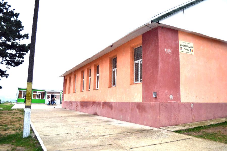 scoala poiana 2